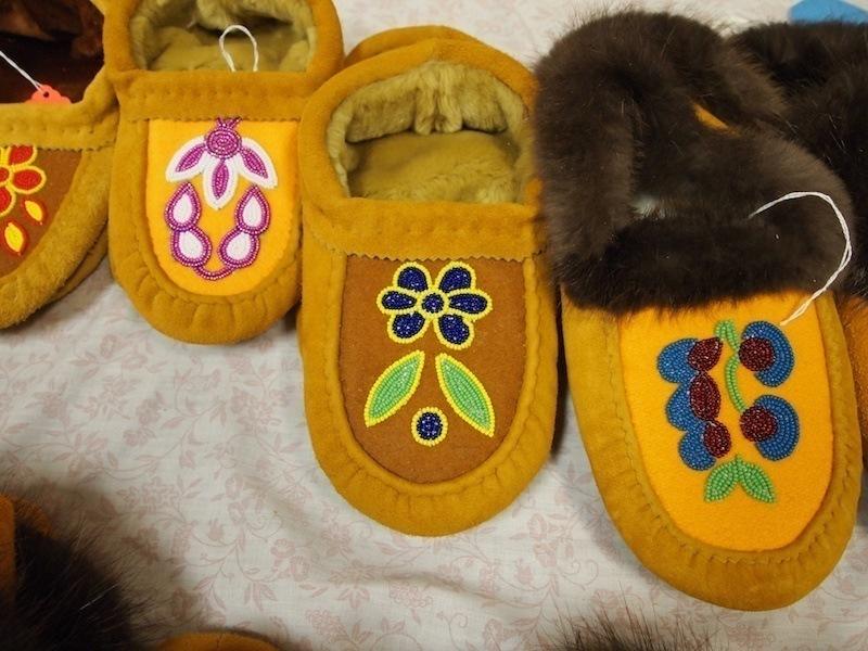 Aboriginal Fine Arts And Crafts Sale The Walleye