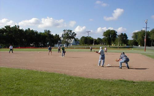 Fun in the Neighourhood Softball Tournament – United Way and Disaster Relief Fund Fundraising Event