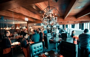 Fine Dining Takes Flight: Runway 25 Steaklounge