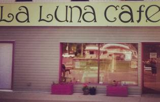 A Culinary Edge: La Luna Café and Bakery