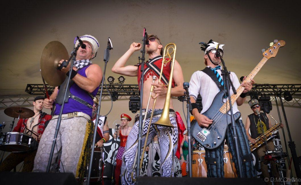 A Road Trip Cliché: The Winnipeg Folk Festival Via VW Van
