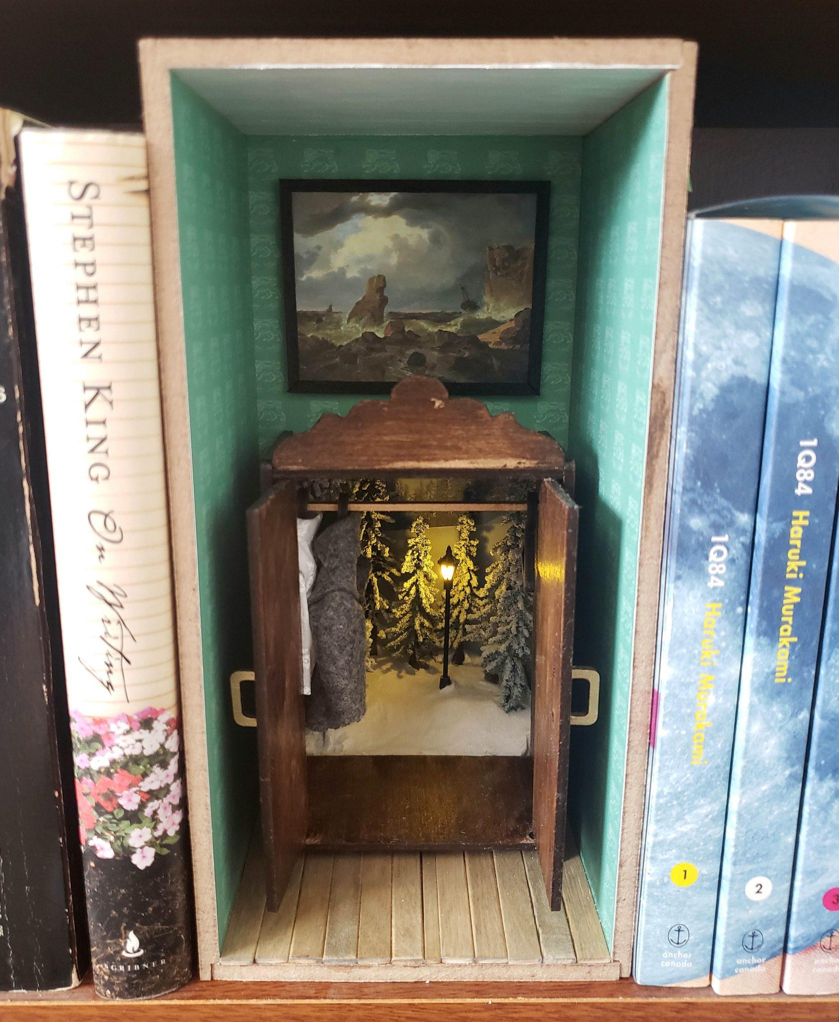 Narnia Book Nook 1