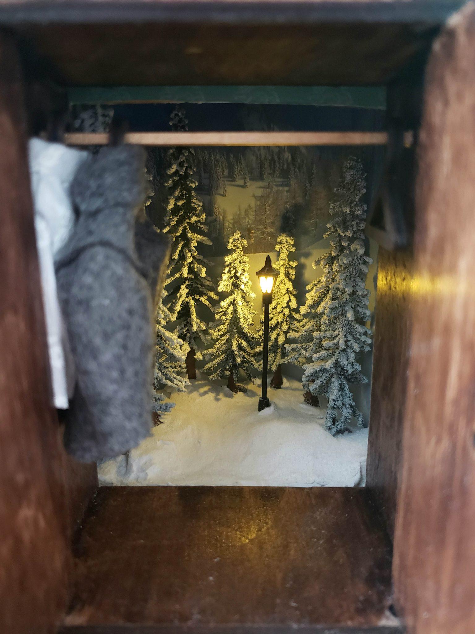 Narnia Book Nook 2